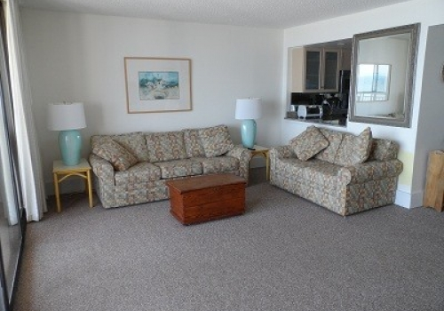 Beautiful Oceanfront Condo – 8th Floor